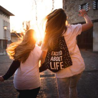 running_girls