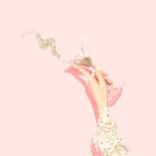 glitter drink